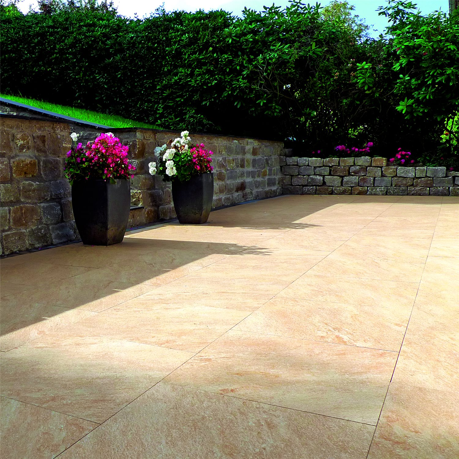 Terrace tiles stoneway natural stone optic ran48277 for Terrace tiles